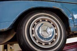 Mercedes-Benz 200-serie 300D thumbnail 51