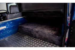 Land Rover Defender 90 2.5 TDI thumbnail 22