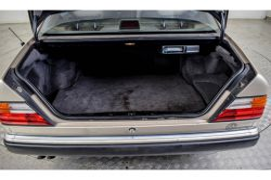 Mercedes-Benz 200-serie 400 E V8 thumbnail 20