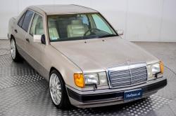 Mercedes-Benz 200-serie 400 E V8 thumbnail 21