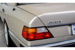 Mercedes-Benz 200-serie 400 E V8 thumbnail 23