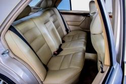 Mercedes-Benz 200-serie 400 E V8 thumbnail 25