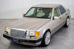 Mercedes-Benz 200-serie 400 E V8 thumbnail 27