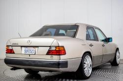 Mercedes-Benz 200-serie 400 E V8 thumbnail 34