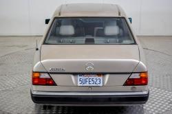Mercedes-Benz 200-serie 400 E V8 thumbnail 47