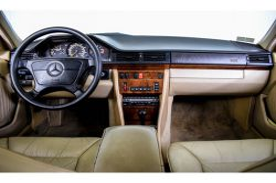 Mercedes-Benz 200-serie 400 E V8 thumbnail 5