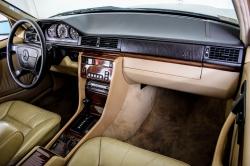 Mercedes-Benz 200-serie 400 E V8 thumbnail 51