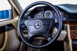 Mercedes-Benz 200-serie 400 E V8 thumbnail 54
