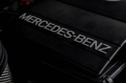 Mercedes-Benz 200-serie 400 E V8 thumbnail 55