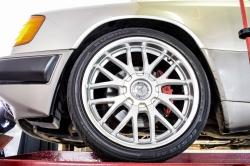 Mercedes-Benz 200-serie 400 E V8 thumbnail 58