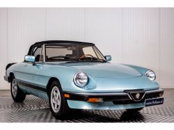 Alfa Romeo Spider Veloce 2.0 Injection thumbnail 10
