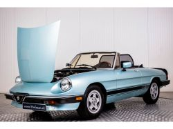 Alfa Romeo Spider Veloce 2.0 Injection thumbnail 31