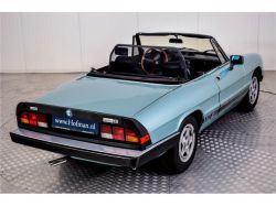 Alfa Romeo Spider Veloce 2.0 Injection thumbnail 35