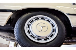 Mercedes-Benz SL-Klasse 350 SL roadster thumbnail 47