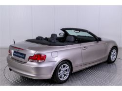 BMW 1 Serie Cabrio 120i Executive thumbnail 25