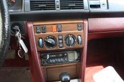 Mercedes-Benz 200-serie 260 E thumbnail 10