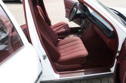 Mercedes-Benz 200-serie 260 E thumbnail 5