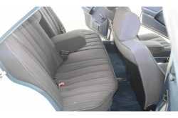 Mercedes-Benz 200-serie 250 D thumbnail 6
