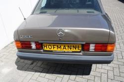 Mercedes-Benz 190 2.0 E thumbnail 10