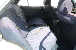 Mercedes-Benz 200-serie 300 D thumbnail 5