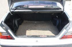 Mercedes-Benz 200-serie 300 D thumbnail 9
