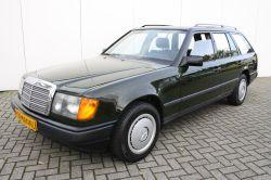 Mercedes-Benz 200-serie 230 TE thumbnail 1